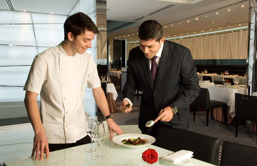 how to get a job in hospitality restaurant managers