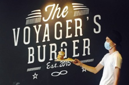 the-voyagers-burger