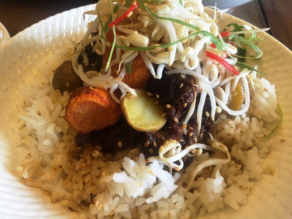 KoCos Beef Stew Bimbimbap