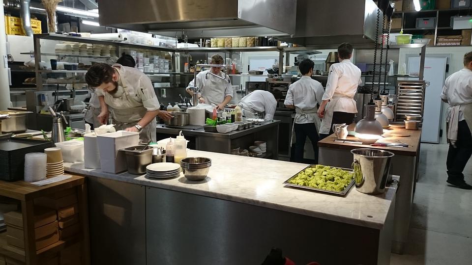 restaurant, restaurant health inspection, roto-rooter plumbing system, kitchen sink, plumber for restaurant