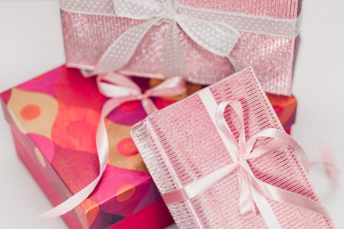 4 Gift-Giving Ideas