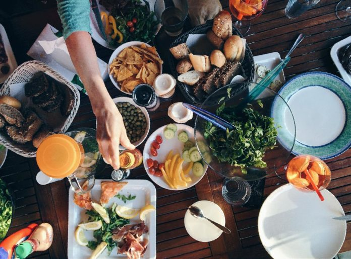 4 Ways To Keep Food From Spoiling